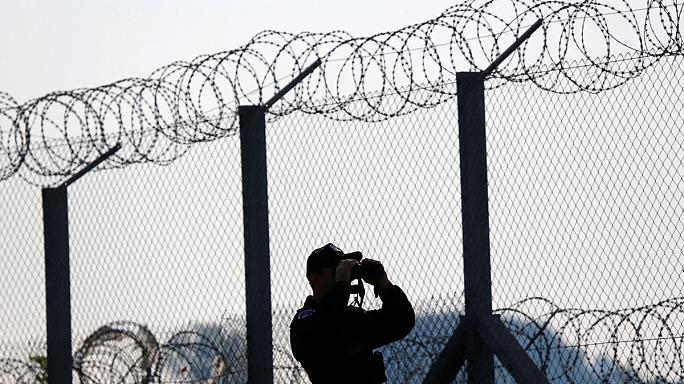 نماینده پارلمان اروپا: ۵۰ سال پیش پناهجویان مجار را در کانتینر زندانی نمی کردند