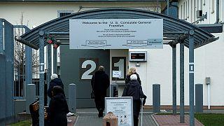 """Германия серьезно относится к документам о """"хакерской базе"""" ЦРУ во Франкфурте"""