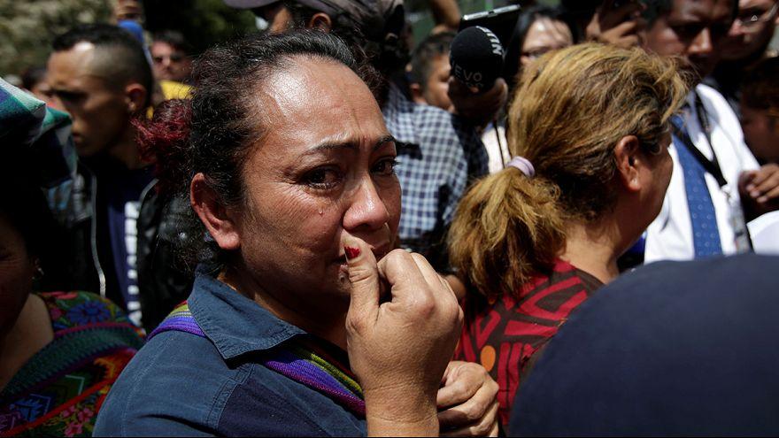 При пожаре в приюте в Гватемале погибли 19 детей