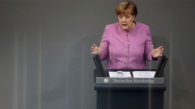 Angela Merkel pide a Turquía que acabe con los ataques a Alemania