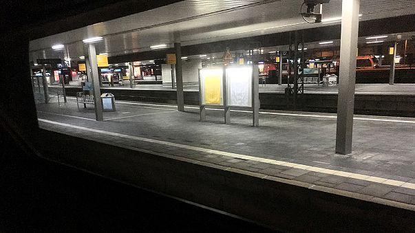 حمله با تبر در ایستگاه راه آهن دوسلدورف آلمان