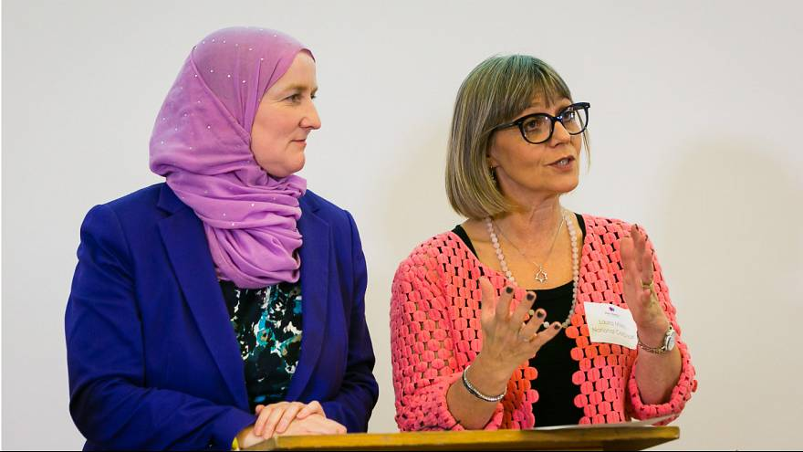 What do you call 200 Jewish and Muslim women in a hall?