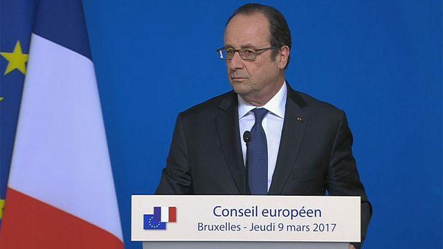 Hollande responde con humor a un periodista de Euronews sobre a quién votará en las presidenciales