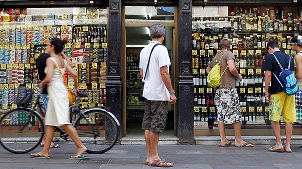 Spagna: vendite al dettaglio quasi ferme, ritmo di crescita più lento da gennaio 2014