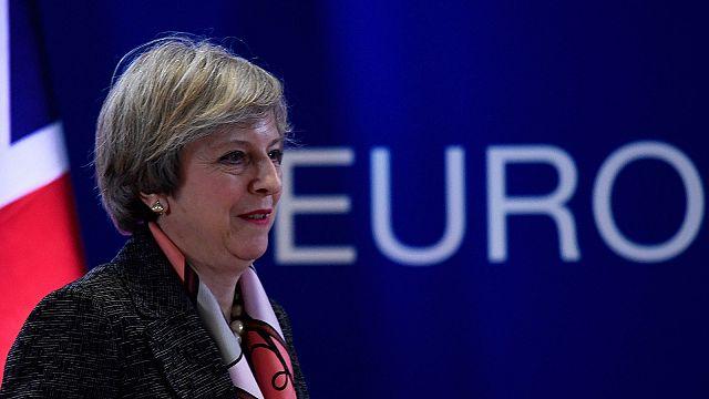 """Tusk: """"estaremos listos en 48 horas"""" para responder al """"Brexit"""""""