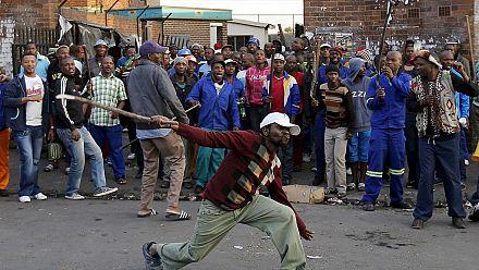 Manifestation xénophobe à Pretoria en Afrique du sud [no comment]
