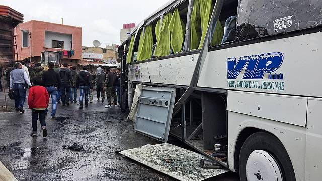 Dozens killed in double suicide bombing in Damascus