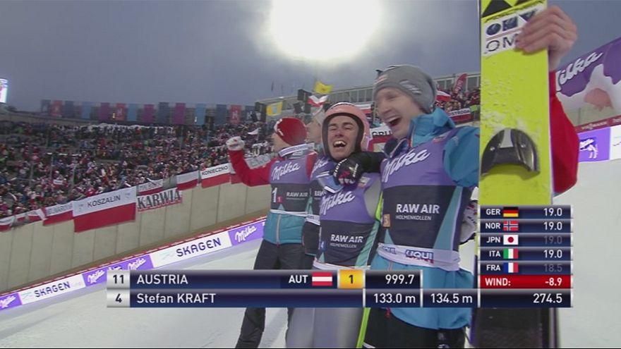 Saltos de esqui: Áustria vence prova por equipas