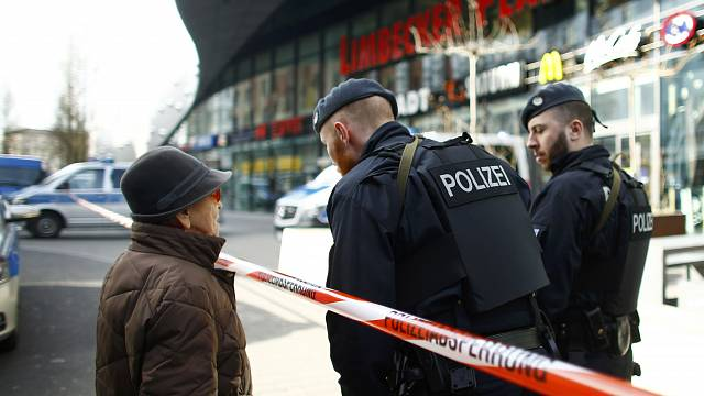 Germania, allarme attentato: arrestato un uomo con legami Is