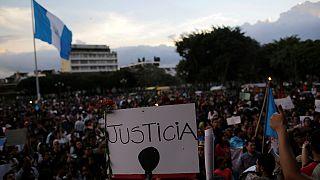 Guatemala: az elnök is bukhat az intézeti tűzvész miatt