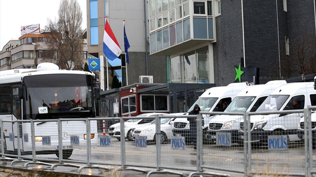 Botschaft und Konsulat der Niederlande abgeriegelt - Auftritt in Schweden abgesagt
