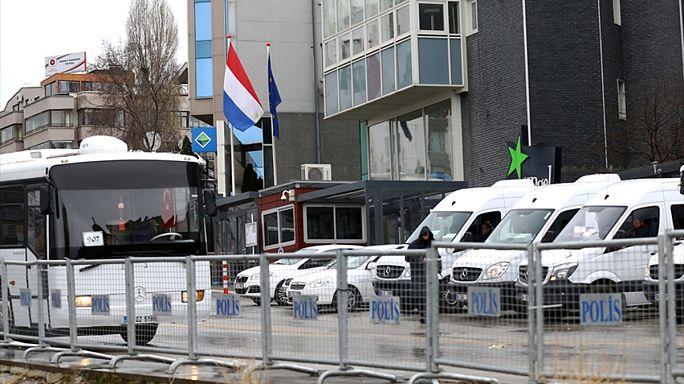 """Ankara pide al embajador holandés que no vuelva a Turquía """"por un tiempo"""""""