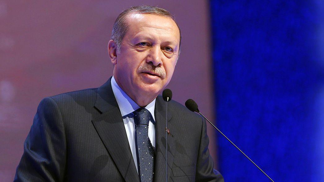 Erdogan: a holland politikusok szavazatokra vadásznak