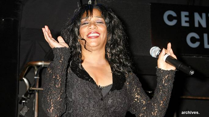 Joni Sledge (we are family) encontrada sem vida em casa
