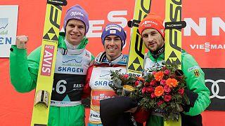 Cambio in vetta alla CdM di salto con gli sci, Shiffrin a un passo dal trionfo