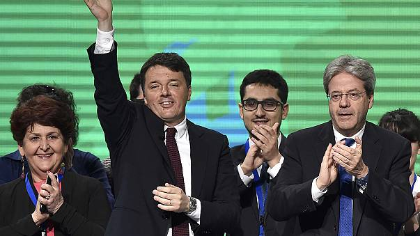 Italia: Matteo Renzi prepara su regreso a la primera línea de la política con un mitin en Turín
