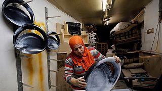 Égypte: les femmes se lancent dans les métiers réservés aux hommes