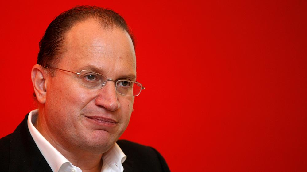 HSBC names AIA's Mark Tucker as new chairman