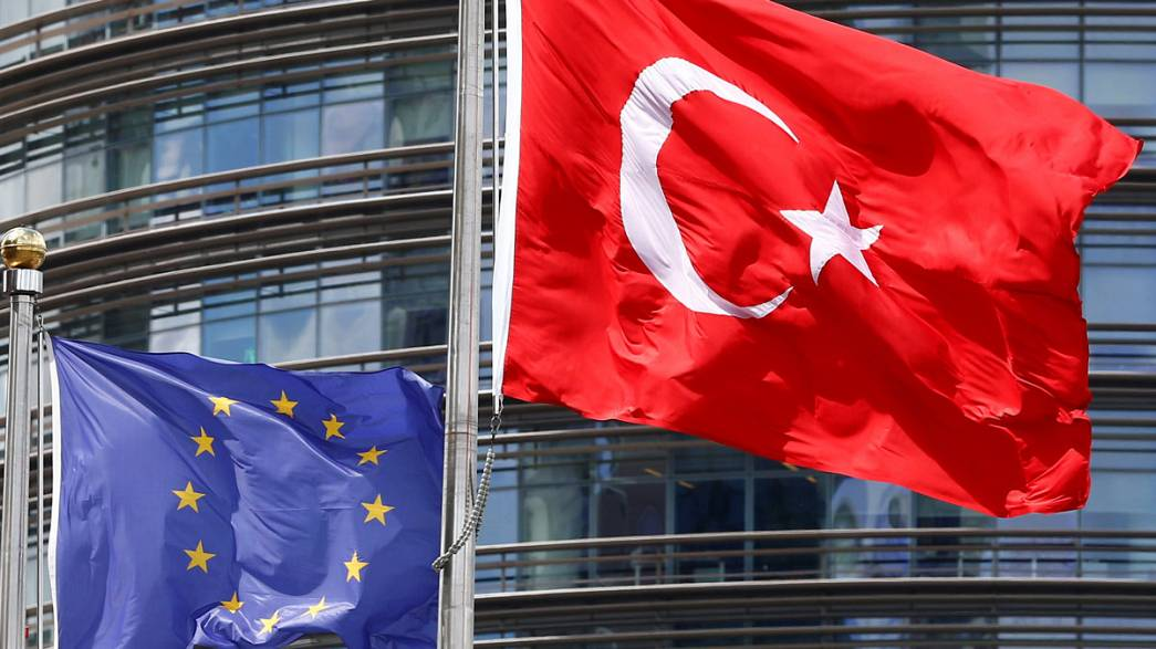 Европа vs. Турция - диалог на повышенных тонах