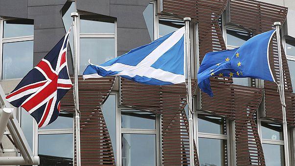 """El """"brexit"""", en suspense, mientras Escocia pide un nuevo referéndum de independencia."""