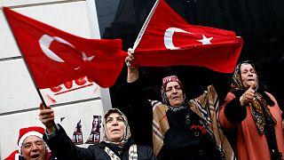 Turkey bans Dutch ambassador as diplomatic crisis deepens