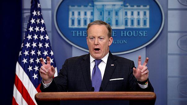 """Fehér házi szóvivő: """"Trump nem szó szerint értette"""""""