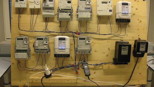 "Contadores eléctricos ""no tan inteligentes"" que facturan casi un 600% más"