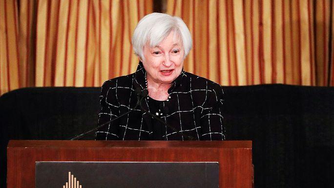 La Fed, reunida para subir de nuevo su tipo de interés por la mejora estadounidense