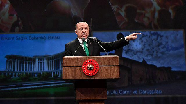 Las tensiones entre Turquía y la UE reabren las críticas a su entrada en el club