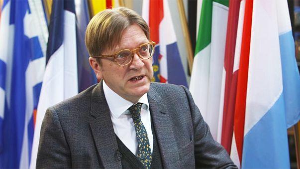 """Verhofstadt: la Eurocámara solo aceptará un """"brexit"""" que """"no cruce las líneas rojas"""""""