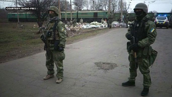 كييف تعلق حركة البضائع مع الاراضي التي يسيطر عليها الانفصاليون جنوب شرق البلاد