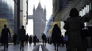 بريطانيا: تراجع معدلات البطالة لأدنى مستوى لها منذ ألفين وخمسة