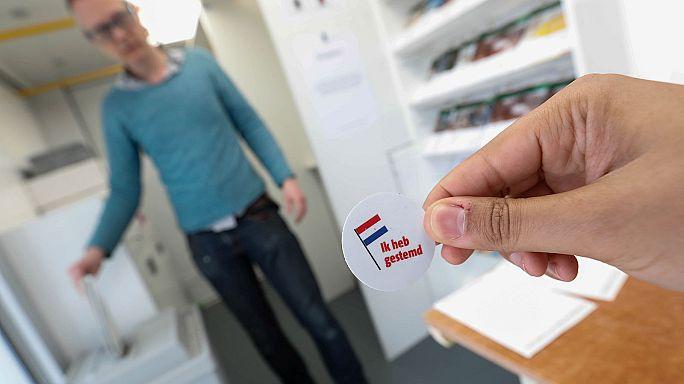 Eleições holandesas com participação elevada nas urnas