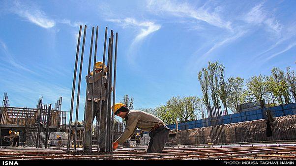 حداقل دستمزد کارگران برای سال جدید ۹۳۰ هزار تومان