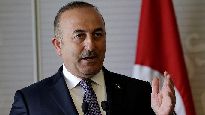 """El jefe de la diplomacia turca asegura que todos los partidos políticos de Holanda """"tienen la misma mentalidad"""""""