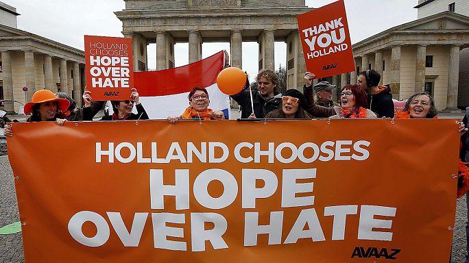 Cidadãos dos Países Baixos satisfeitos e curiosos com os resultados das eleições