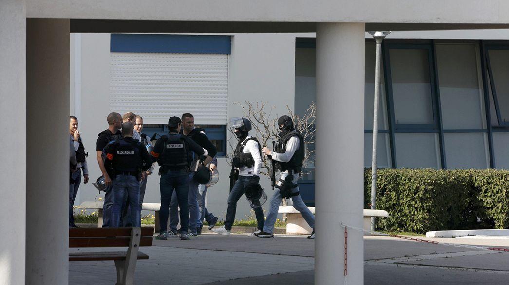 Két diák lövöldözött egy dél-franciaországi gimnáziumban