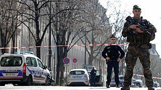 بسته های انفجاری پاریس  وبرلین از کجا می آیند؟