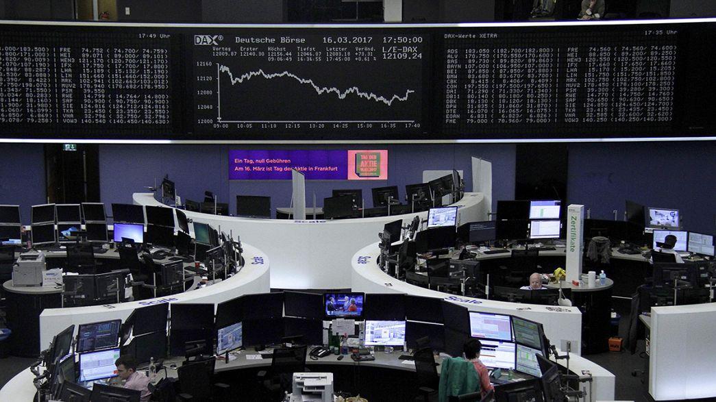 Fed und Niederlande-Wahl verschaffen Europa-Börsen Auftrieb