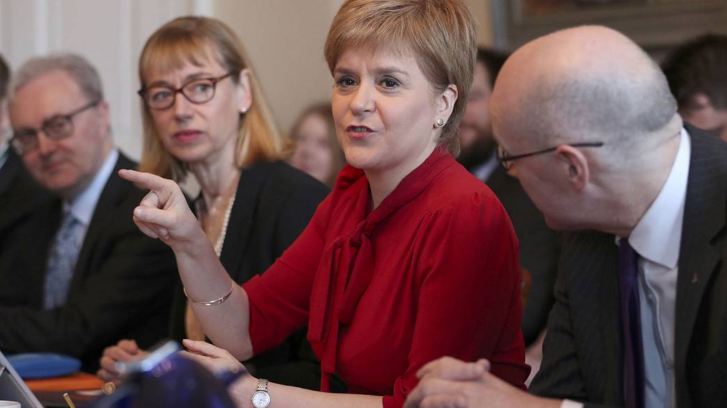 Unabhängigkeitsreferendum II: Schottische Regierung auf Konfrontationskurs