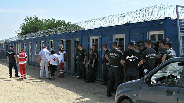 Hoz-e változást a menedékkérőkkel való bánásmódban a strasbourgi ítélet? Interjú.
