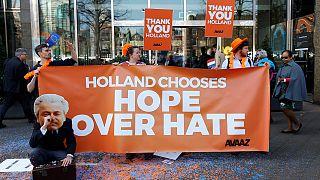 احتفال انتخابي أمام البرلمان الهولندي