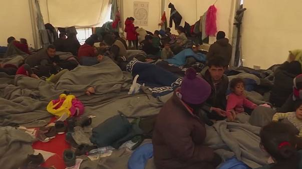 منظمات انسانية تستنكر الأوضاع المتدهورة للاجئين في اليونان