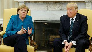 Μέρκελ-Τραμπ: Αμηχανία και προσπάθειες να γεφυρώσουν το χάσμα
