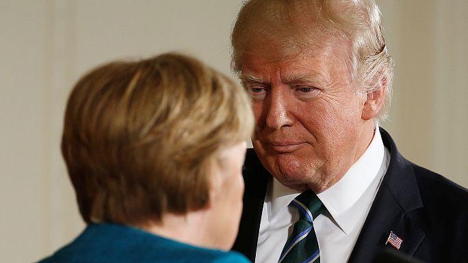 """СМИ: """"неслучившееся рукопожатие"""" Меркель и Трампа - символ новых отношений"""