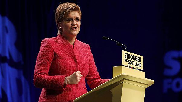 """Sturgeon advierte de que bloquear un nuevo referéndum de independencia en Escocia """"fracturaría"""" el Reino Unido"""