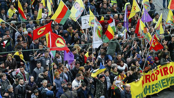 Маніфестація курдів у Німеччині проти Ердогана і за свободу Оджалану