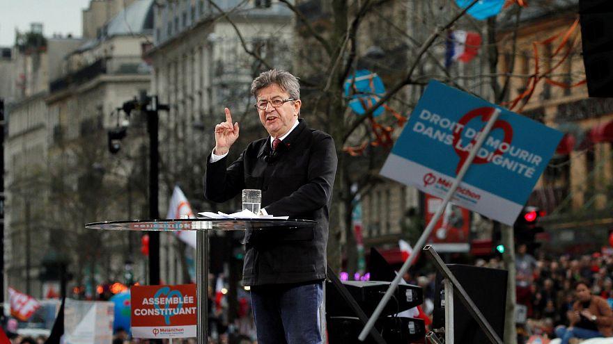 Francia: 11 candidati alle Presidenziali, Melenchon in marcia per la VI Repubblica