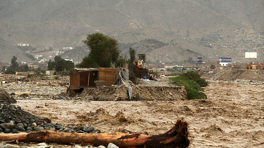 El Nino Peru'yu yıktı