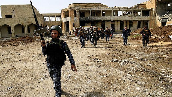 Иракская армия у ворот Старого города Западного Мосула